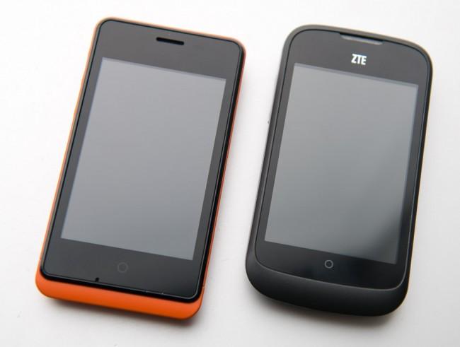 To telefoner som kjører Firefox OS. Geeksphone Keon og  ZTE Open